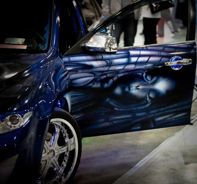 фото альбом Выставка посвященная тюнингу автомобилей