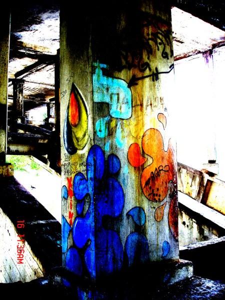 фото альбом Graffiti graffiti граффити Различные надписи и узоры на стенах д Эти раьоты сняты на улицах Киева Если ты узнал свою работу я рад приписать Nickname. Слава Честным Художникам.