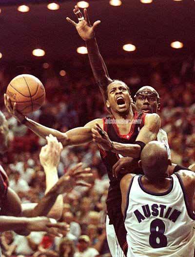 фото альбом Allen in NBA Сдесь вы найдете прически Айверсона начиная от средней школы и до сегоднешних дней