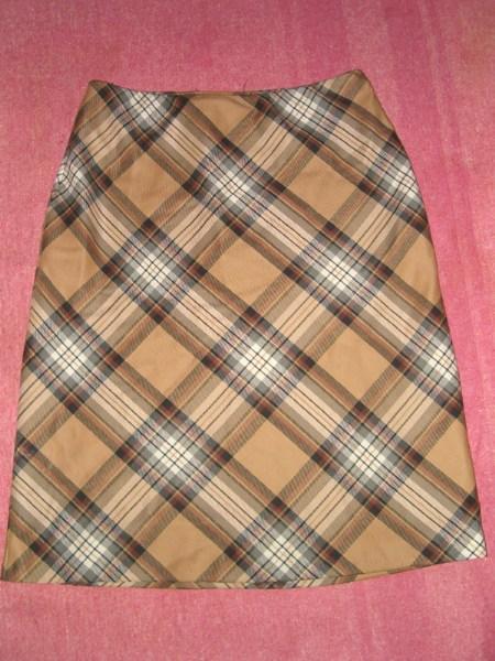 фото альбом Полная распродажа - женская одежда - все по 15грн,кроме пиджака Юбка на резинке, пояс растягивается