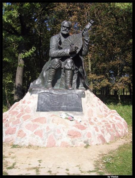 фото альбом Украина - Сокиринцы Ландшафтно-исторический парк, имение Галаганов, музей Остапа Вересая.