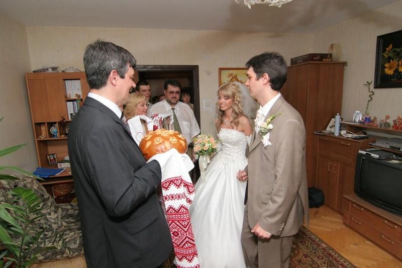 фотографии альбом Свадьба - Свадьба 19/08/2006: родственники и гости Выкуп, прогулка, церемония