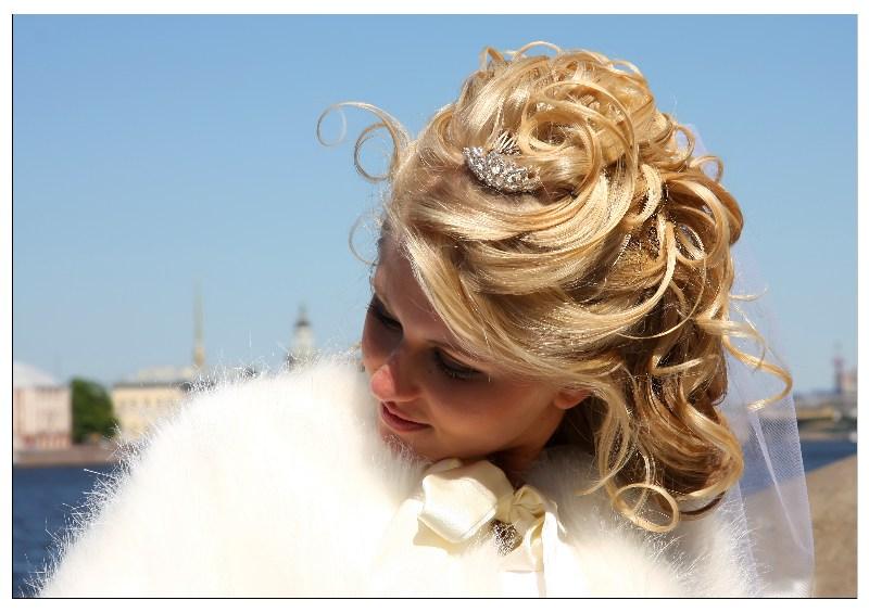 фото альбом Прически. макияж, грим Свадебная прическа. Распущенные волосы. Репина Ольга tel. +7(812)9265695