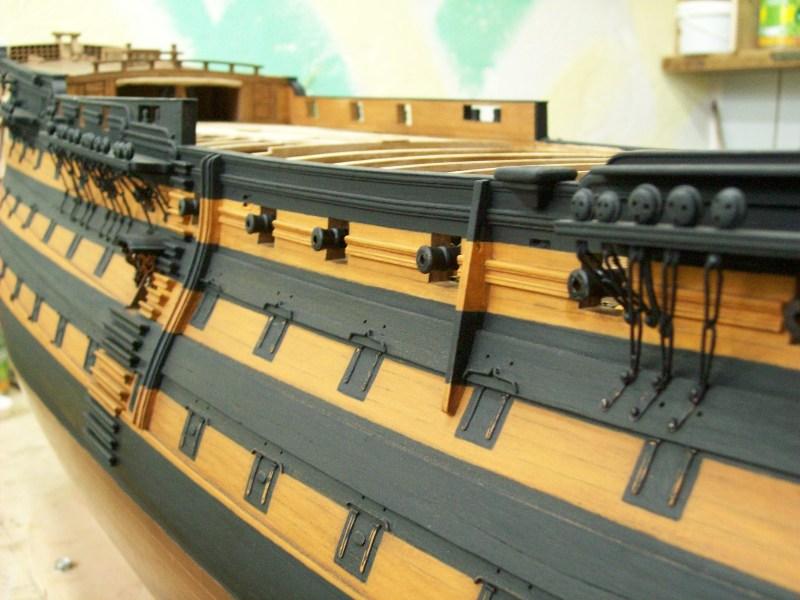фото альбом Модели парусных кораблей от мастерской Верфь на столе 4.jpg