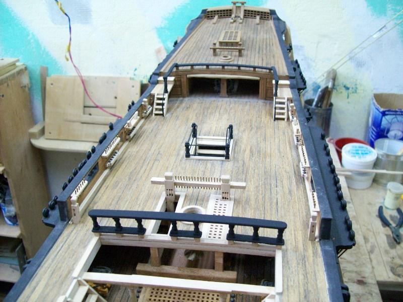 фото альбом Модели парусных кораблей от мастерской Верфь на столе Изображение 027.jpg